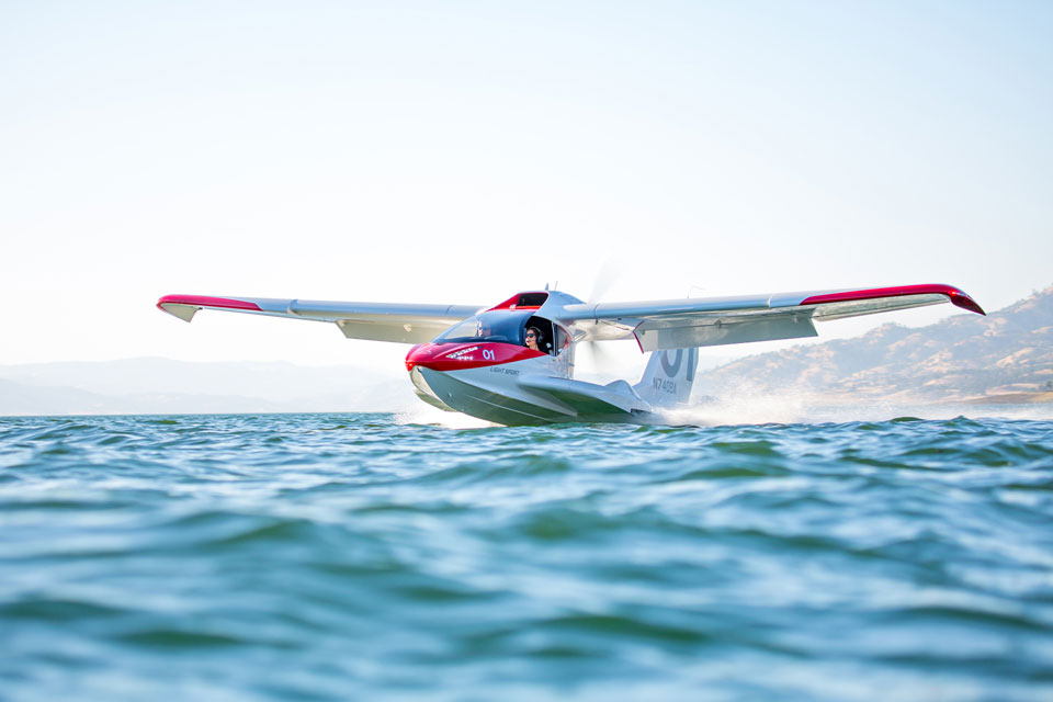 ICON A5 Amphibious Light Sport Aircraft