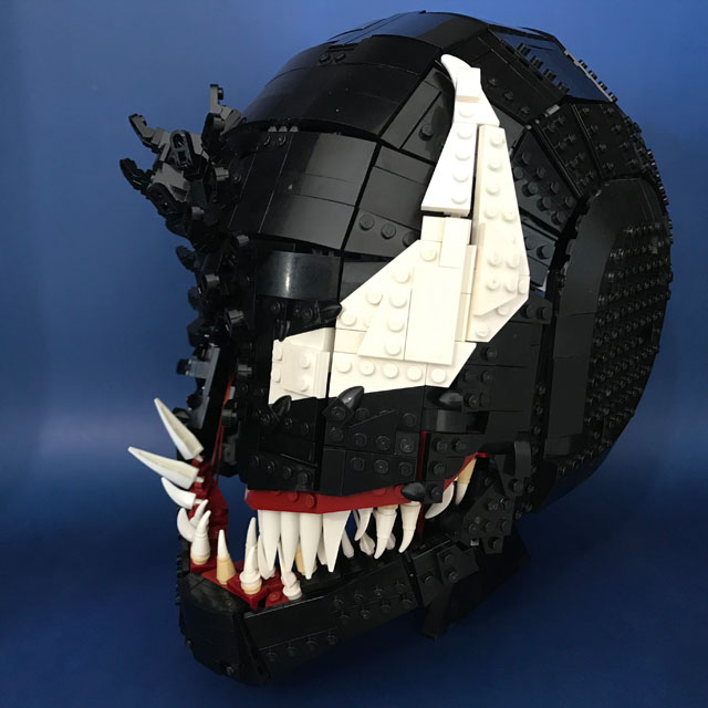 Wearable Venom LEGO Mask by Brickatecture moc industries