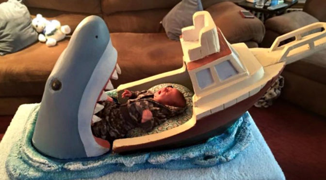 <em>Jaws</em>-inspired Baby Cot Is The Coolest Thing Any Dad Could Give His Baby