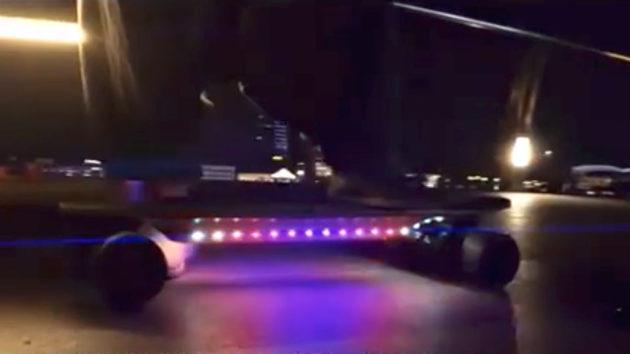 Raven Skateboard Powered by Razer Chroma