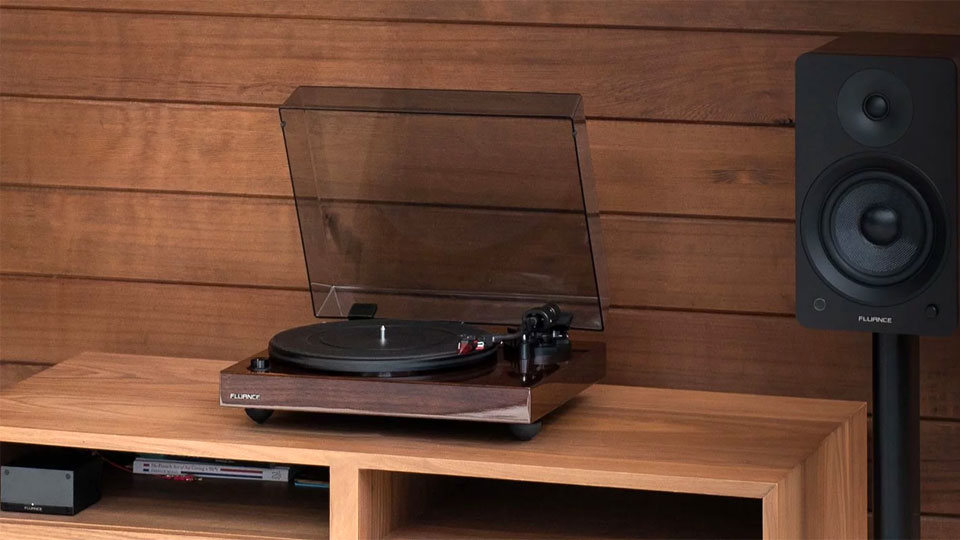 Fluance RT83 High-Fidelity Turntable