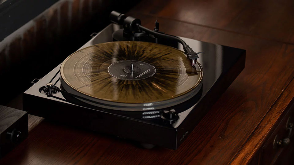 Fluance RT84 High-Fidelity Turntable