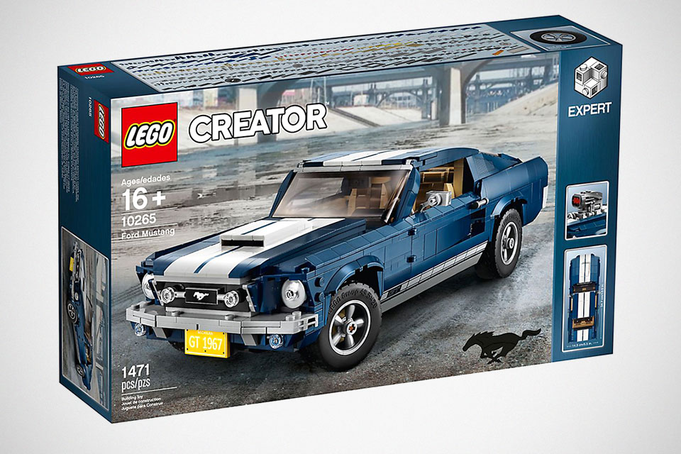 lego creator ford mustang makes us think technic may not. Black Bedroom Furniture Sets. Home Design Ideas