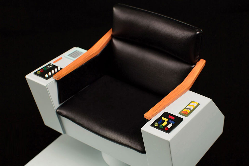 Star Trek TOS 1:6 Scale Captain's Chair
