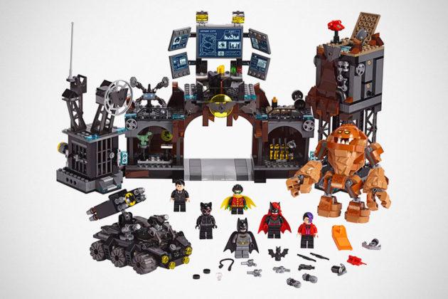 LEGO 76122 Batcave Clayface Invasion