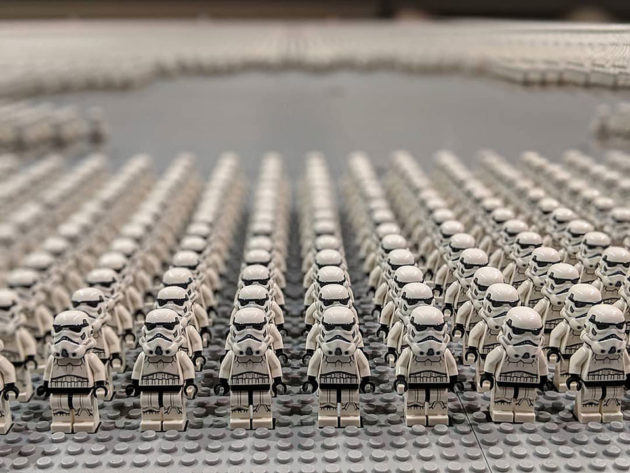 Largest Assembly of LEGO Star Wars Minifigures
