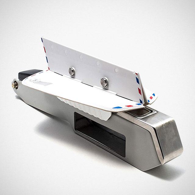 Soarigami Portable Airplane Armrest Divider