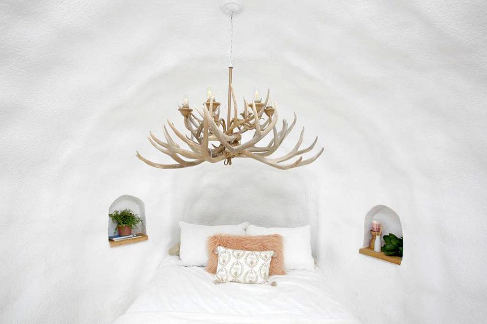 Airbnb Big Idaho Potato Hotel