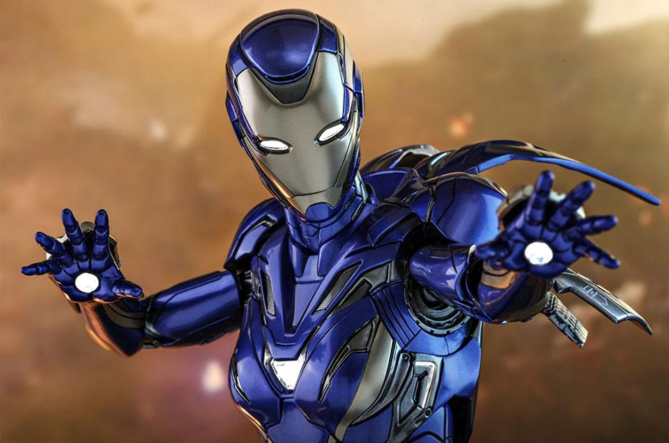 Hot Toys Avengers Endgame Pepper Potts Rescue Suit