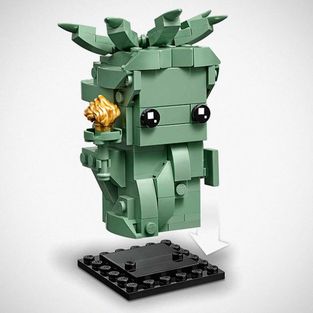 LEGO 40367 BrickHeadz Lady Liberty First Look