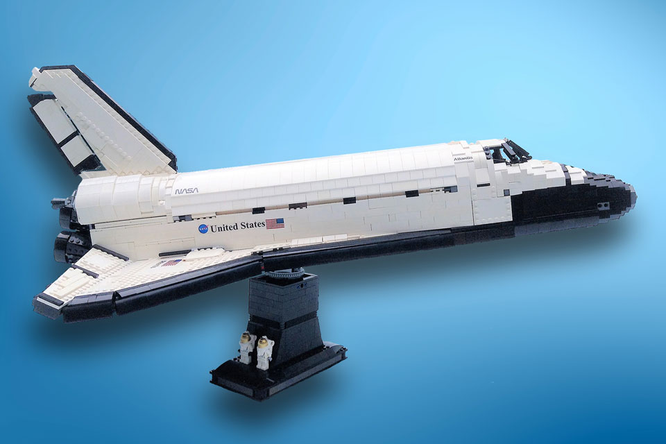 LEGO MOC UCS Space Shuttle Atlantis