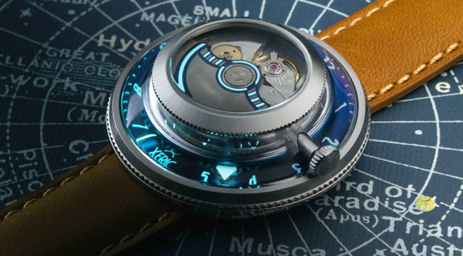 The Invertor Lets You Admire Its Inner Working When Telling Time