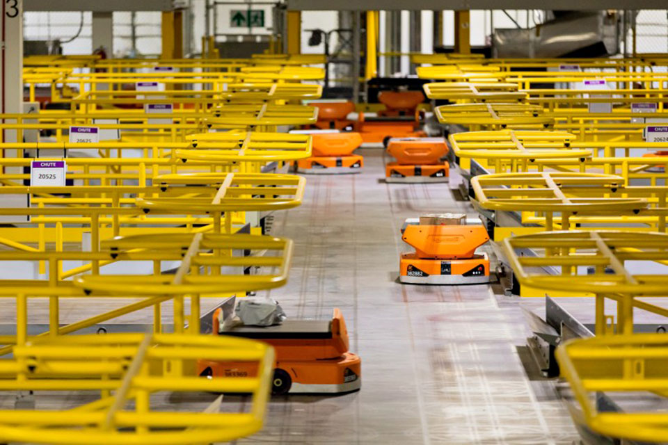 Amazon Pegasus Drive Robots