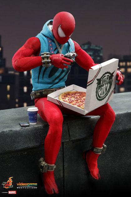 Hot Toys Scarlet Spider Suit Spider-Man