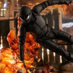 Hot Toys <em>Spider-Man: Far From Home</em> Stealth Suit <em>Spider-Man</em> Figures