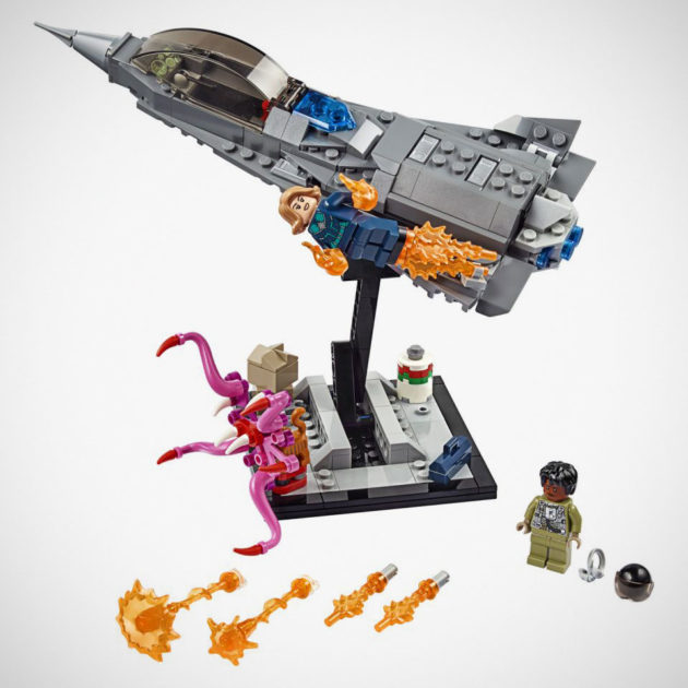 LEGO 77902 Captain Marvel and the Asis