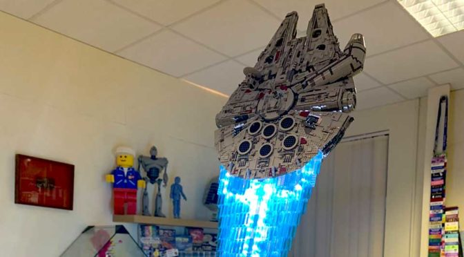 You Have Never Seen A LEGO UCS Millennium Falcon Quite Like This