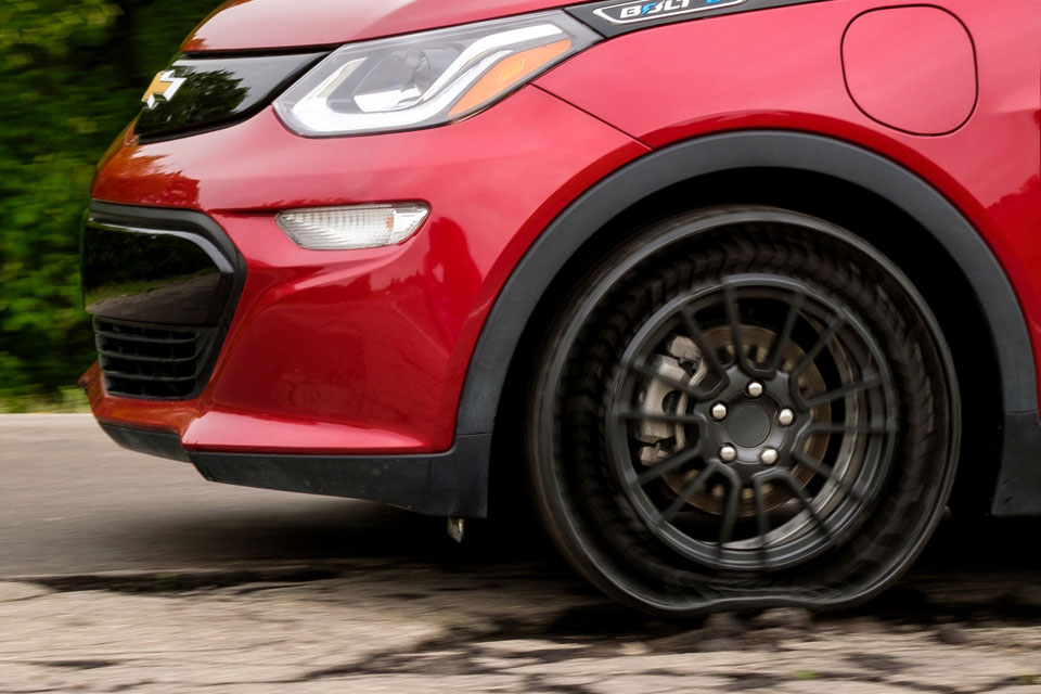 Gm To Test Michelin Airless Tires In Preparation For Real World Use