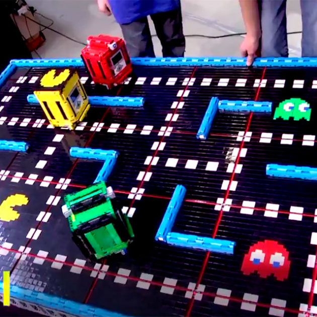 PAC-BOT Pac-Man MINDSTORMS Game