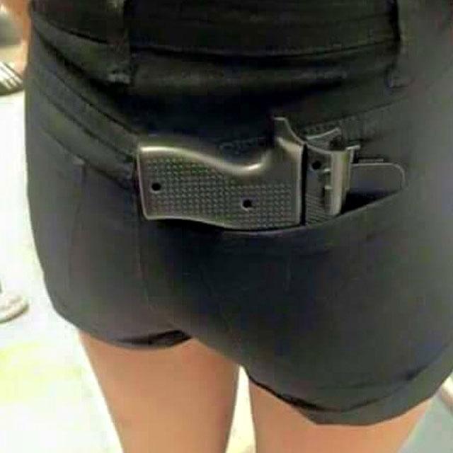 Police Discouraged Use of Handgun Phone Case