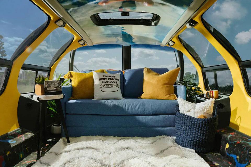Airbnb Oscar Mayer Wienermobile