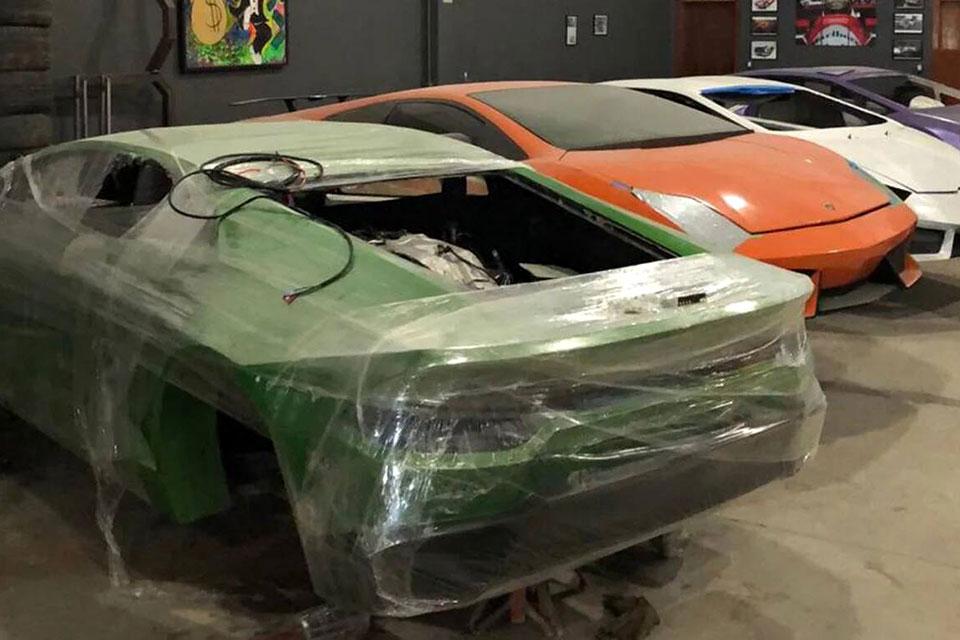 Brazilian Fake Ferrari Factory Busted