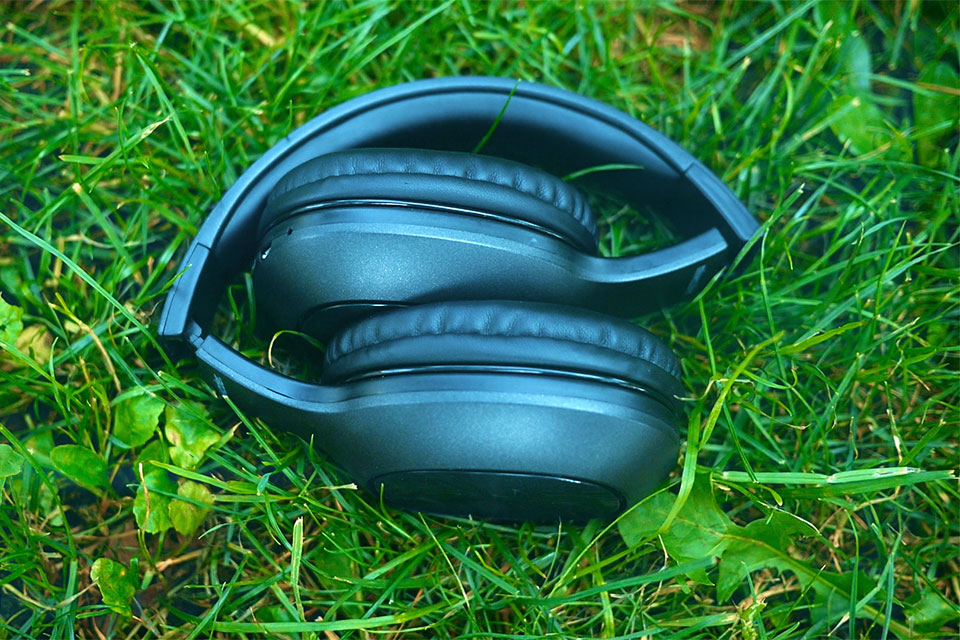 Mixcder HD901 Bluetooth Headphones