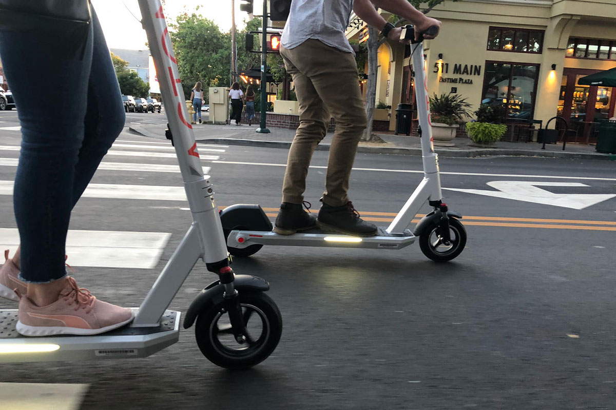 Acton M PRO Scooter with Swappable Battery