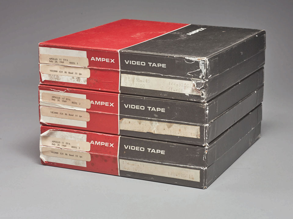 NASA Videotape Recordings of Moon Landing Auctioned