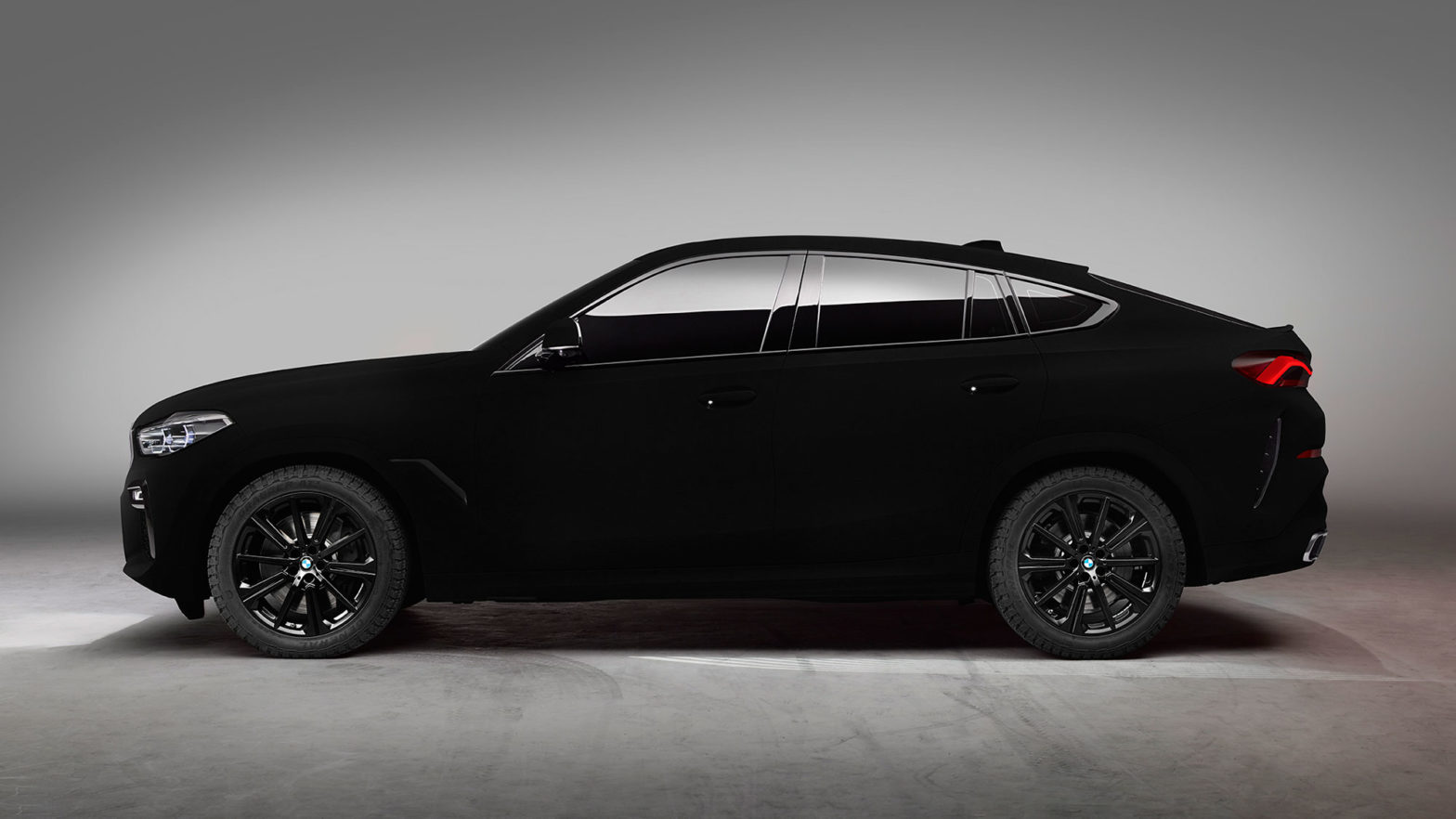 One-off BMW X6 SUV In Vantablack