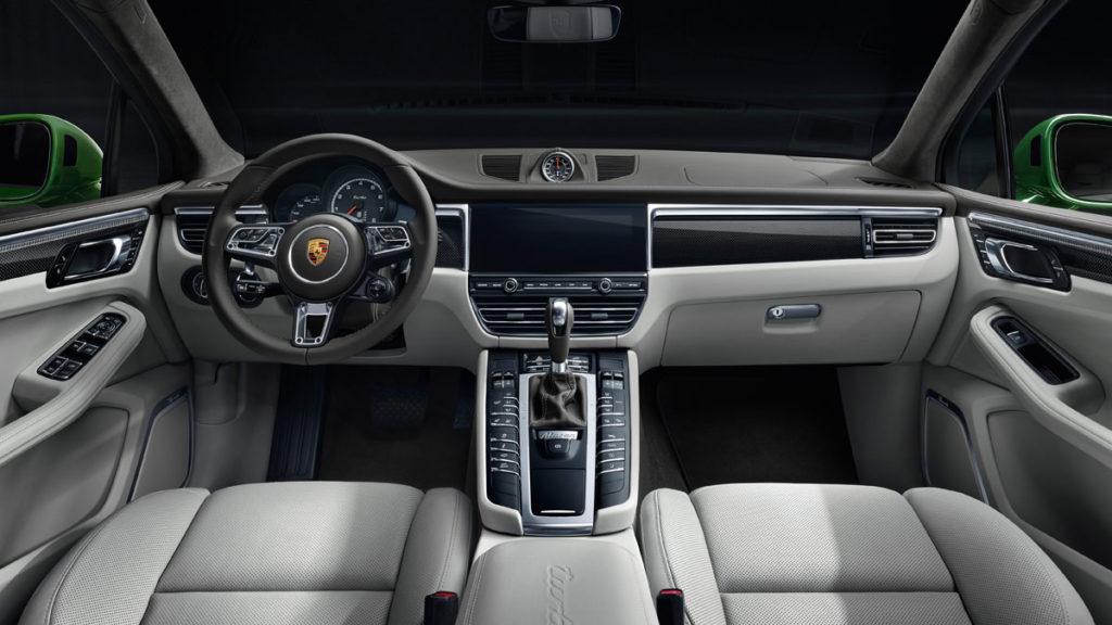 2020 Porsche Macan Turbo SUV