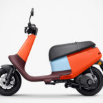 Gogoro's New 176 Lbs Electric Scooter Has Plastic Body And Swappable Battery