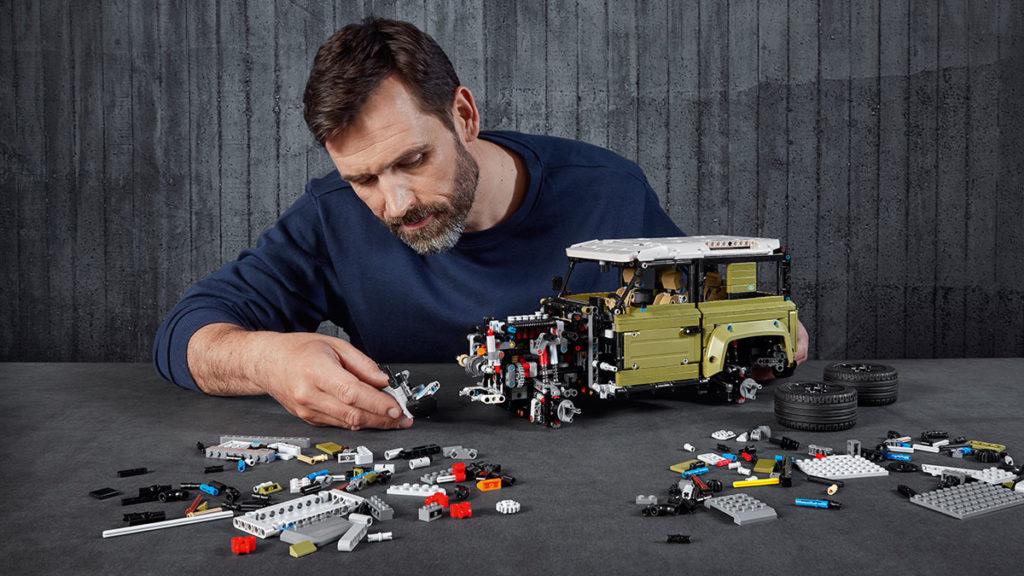 LEGO Technic 2020 Defender
