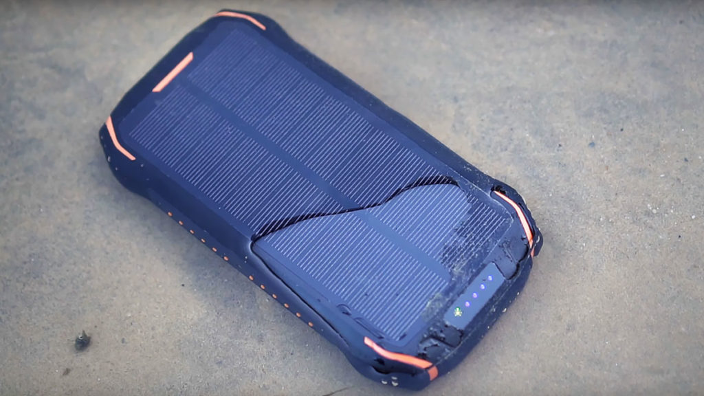 Solisly sBOX26w Portable Solar Charger