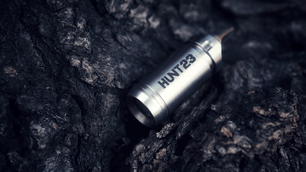 HUNT23 Multi-Function Flashlight