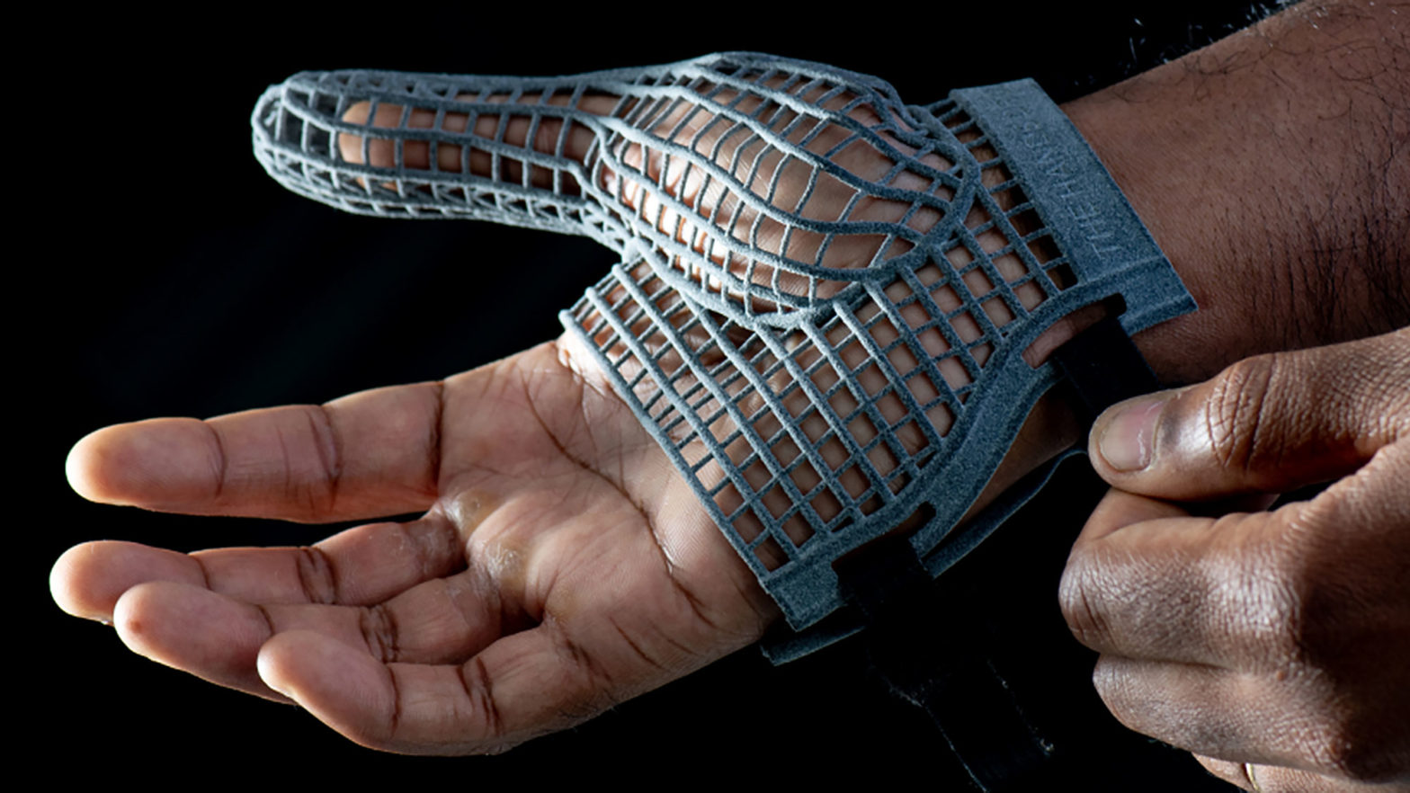 Jaguar Land Rover 3D-printed Glove