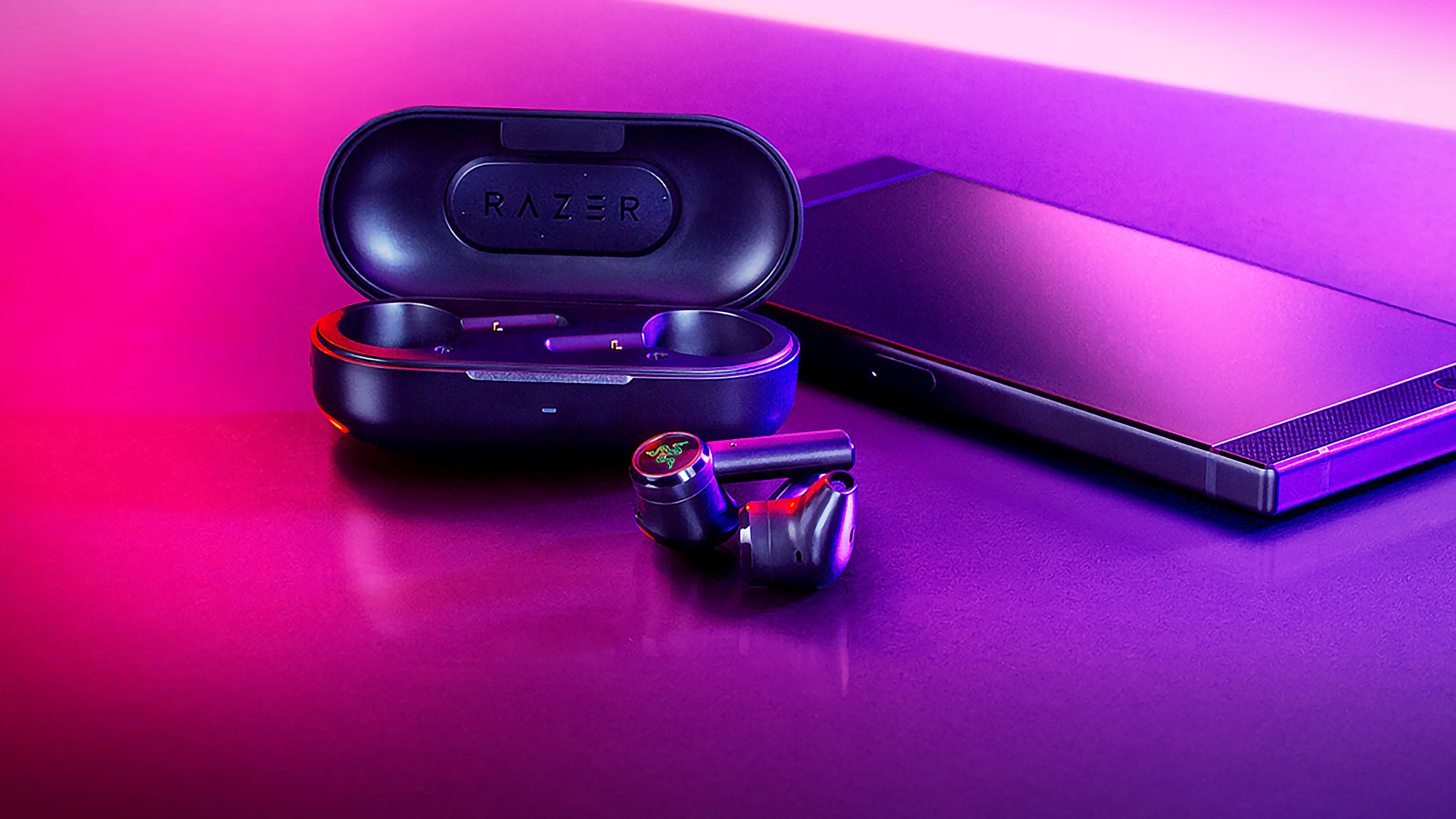 Razer Hammerhead Goes Cordless Has A Very Modest Battery Life Of Just 3 Hours Shouts