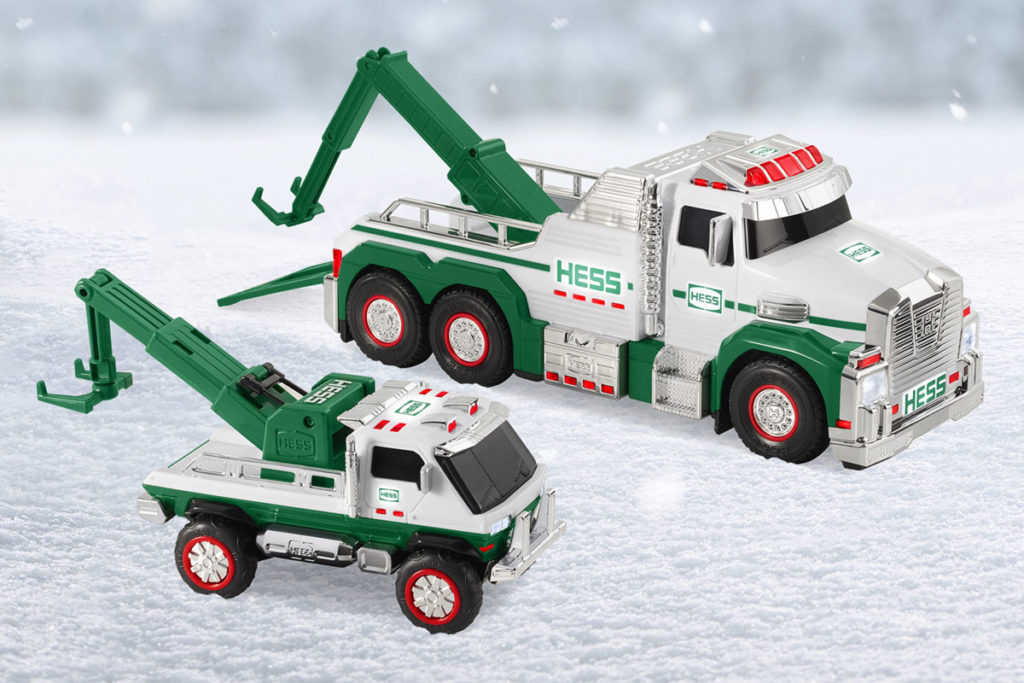 2019 Hess Tow Truck Rescue Team Toy