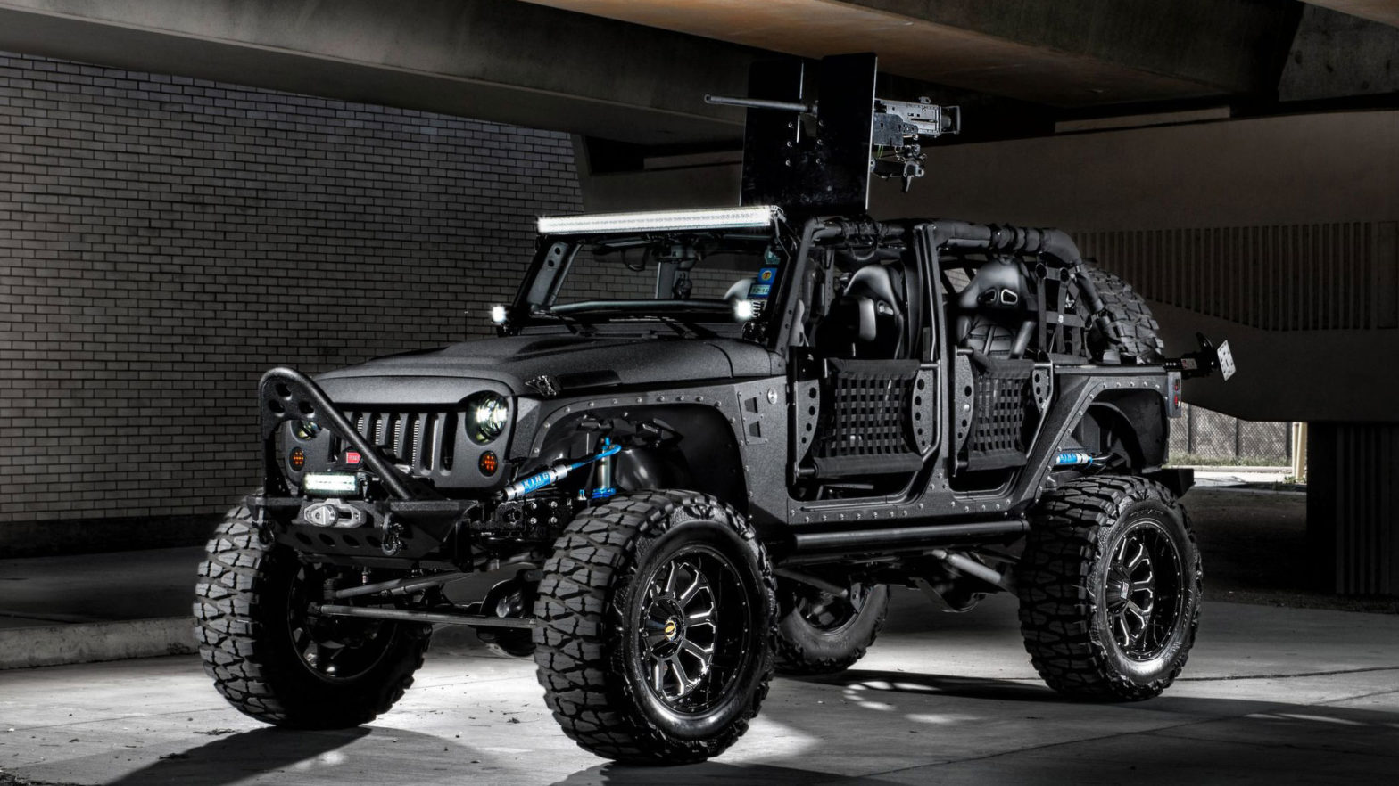 Starwood Motors Apocalypse Survival Jeep