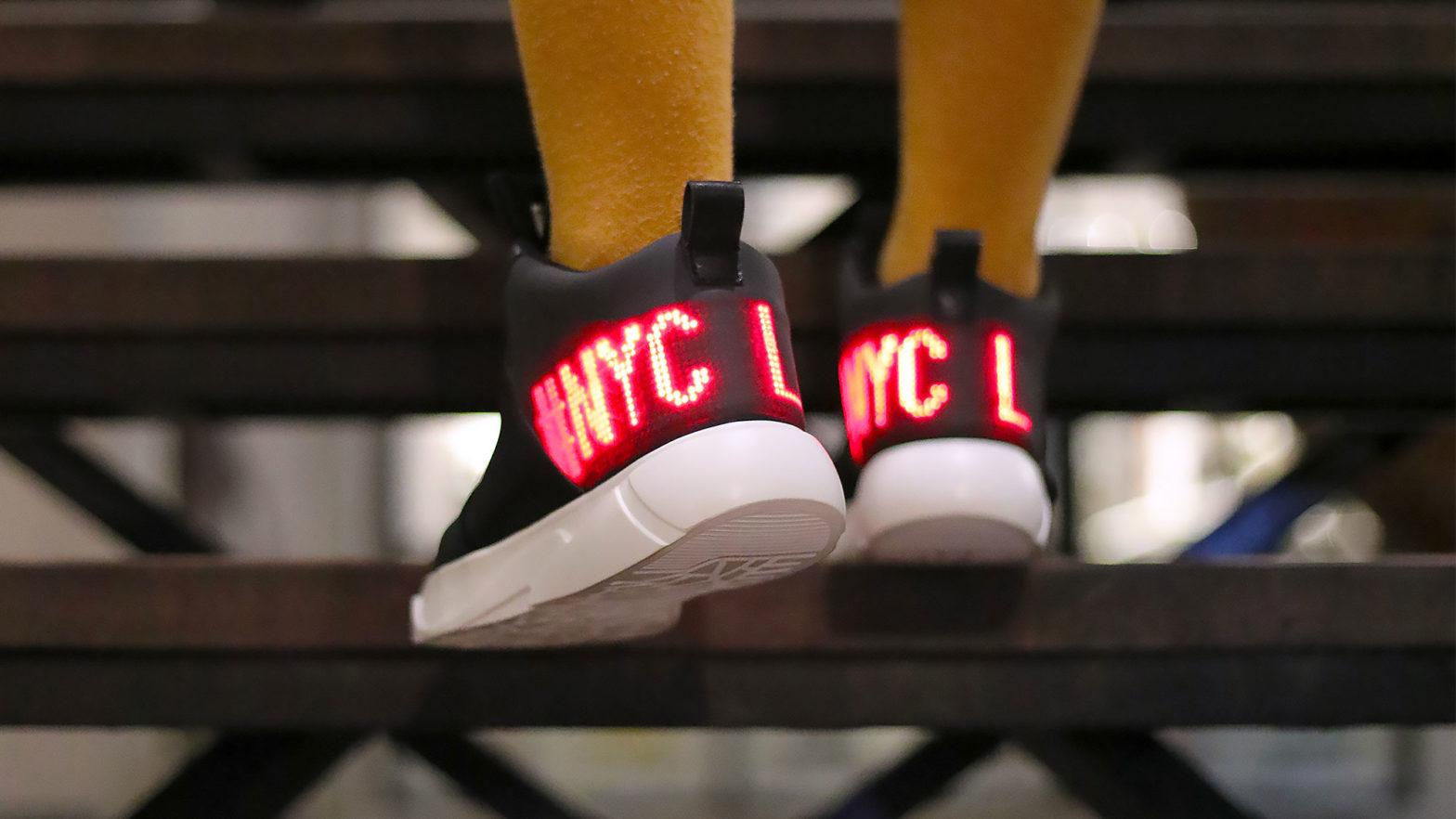 E-Sneakers Flexible LED Display Sneakers