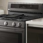LG Brings InstaView To Oven, Lets You Knock On Glass To See Inside