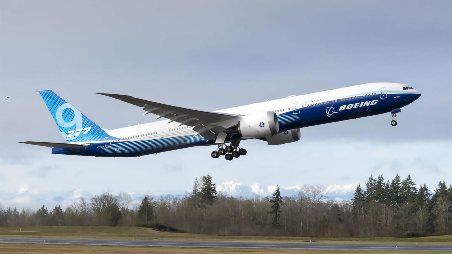 Boeing 777X Folding Wings First Flight