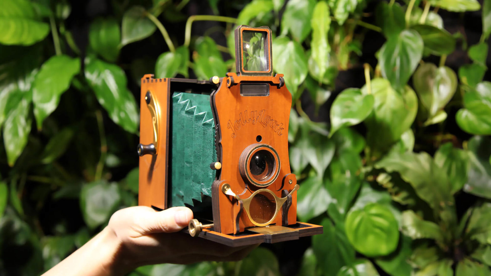 Jollylook Auto Vintage-style Instant Film Camera