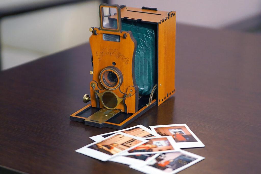 Jollylook Auto Vintage-style Instant Film Camera