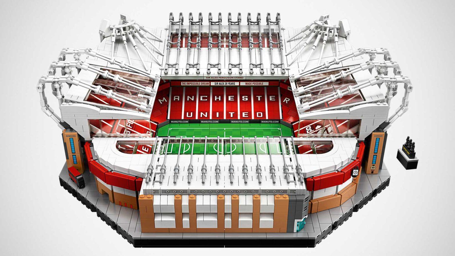 LEGO 10272 Creator Expert Old Trafford Set