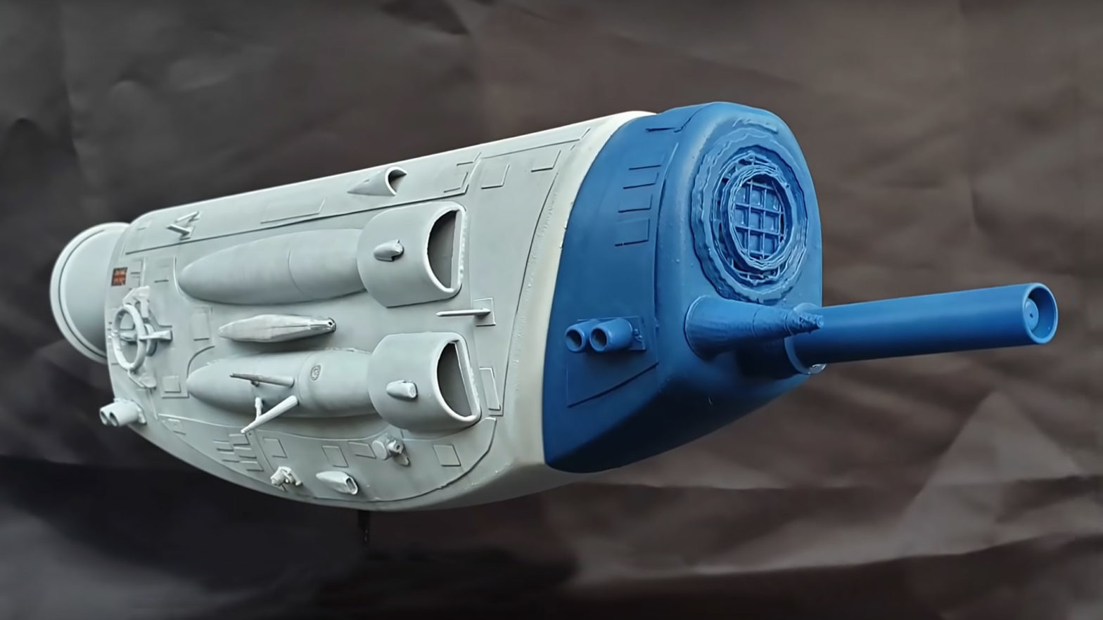 Man Turned Shampoo Bottle Into A Cool Spaceship
