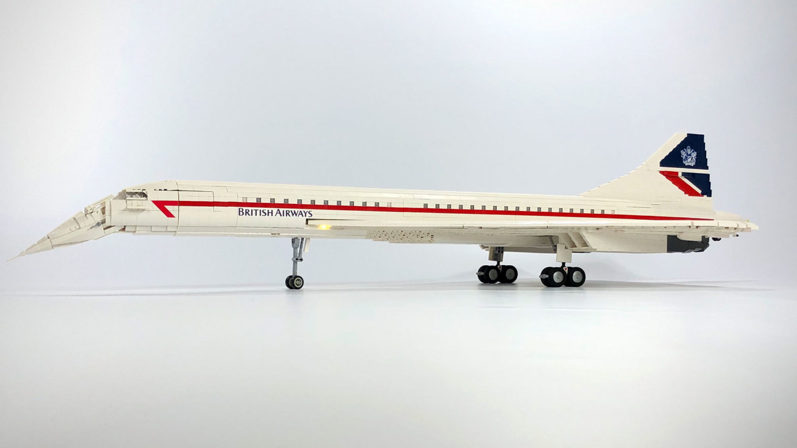 6000-Piece Custom LEGO Concorde Build