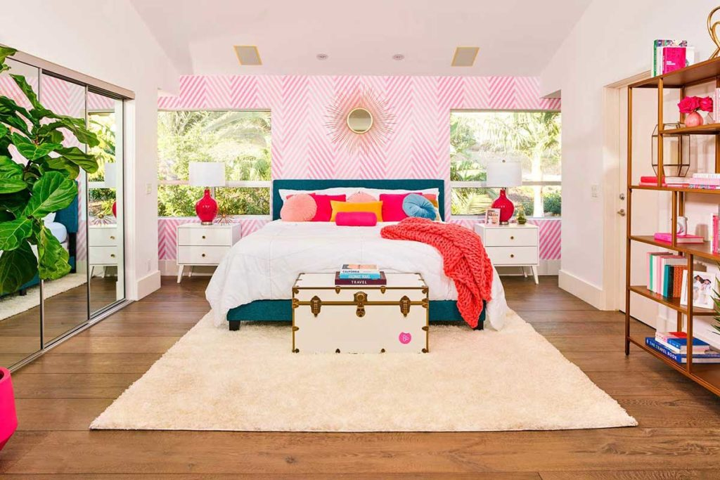 Airbnb Barbie's Malibu Dreamhouse