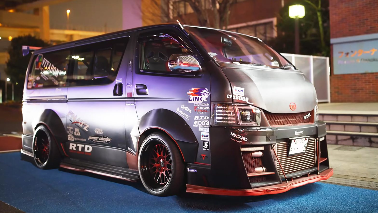 600+HP Toyota HiAce R35 GTR-powered Van