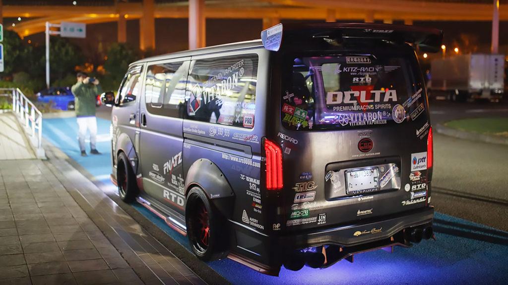 600+HP Toyota HiAce R35 GTR-powered Van